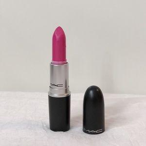 Mac Cosmetics fashionably fuschia lipstick